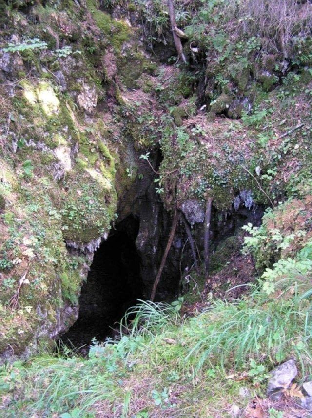 Návšteva Priepasťovej jaskyne